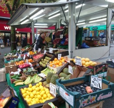 fruit & vegetable stall